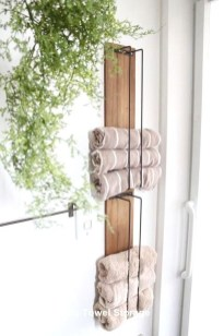 Inspiring Bathroom Decoration Ideas With Wooden Storage 31
