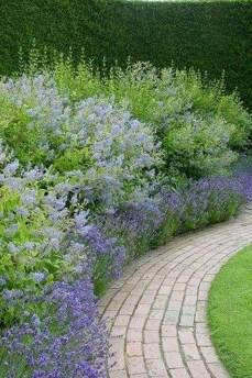 Marvelous Garden Border Ideas To Dress Up Your Landscape Edging 48