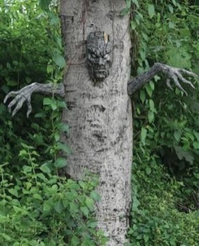 Spooktacular Halloween Outdoor Decoration To Terrify People 26