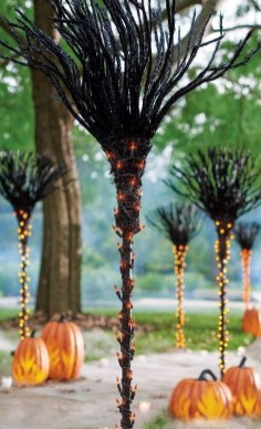 Spooktacular Halloween Outdoor Decoration To Terrify People 39