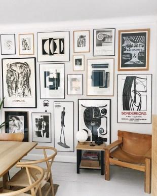 Trendy Living Room Wall Gallery Design Ideas 25