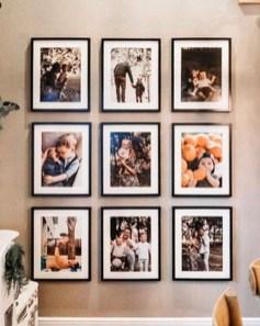 Trendy Living Room Wall Gallery Design Ideas 28