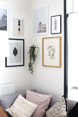 Trendy Living Room Wall Gallery Design Ideas 33