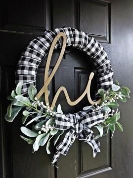 Beautiful DIY Winter Wreath To Place It On Your Door 34