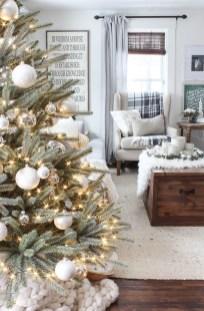 Best Ideas For Apartment Christmas Decoration 02