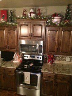 Best Ideas For Apartment Christmas Decoration 31