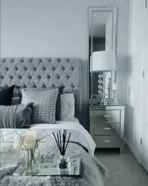 Best Master Bedroom Decoration Ideas For Winter 36