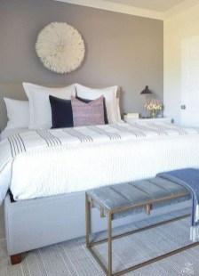 Best Master Bedroom Decoration Ideas For Winter 48