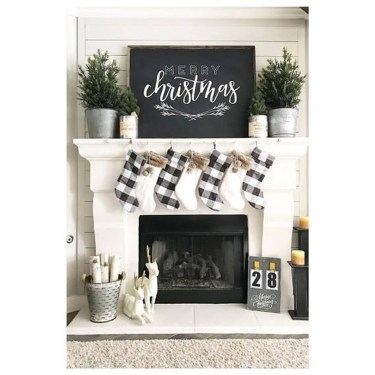 Outstanding Winter Decoration Ideas For Your Apartment 08