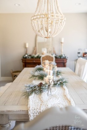 Outstanding Winter Decoration Ideas For Your Apartment 33
