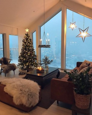 Outstanding Winter Decoration Ideas For Your Apartment 44