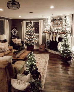 Outstanding Winter Decoration Ideas For Your Apartment 47