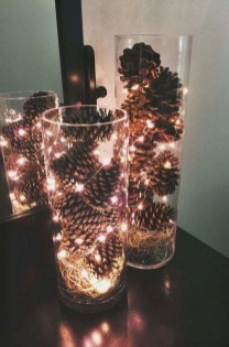 Outstanding Winter Decoration Ideas For Your Apartment 49