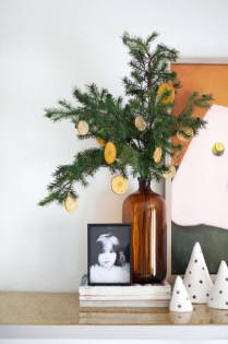 Outstanding Winter Decoration Ideas For Your Apartment 50