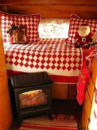 Most Inspiring Holiday Decoration Ideas For Your RV 20