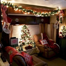 Most Inspiring Holiday Decoration Ideas For Your RV 35
