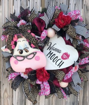 Affordable Valentine's Day Shabby Chic Decorations On A Budget 17