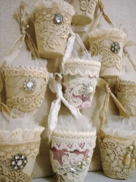 Affordable Valentine's Day Shabby Chic Decorations On A Budget 27