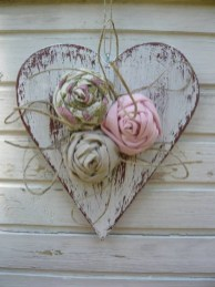 Affordable Valentine's Day Shabby Chic Decorations On A Budget 28