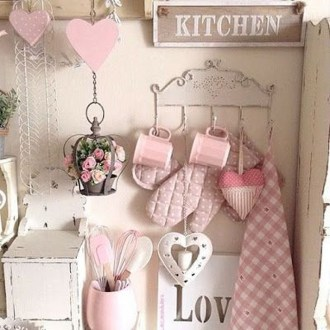 Affordable Valentine's Day Shabby Chic Decorations On A Budget 32