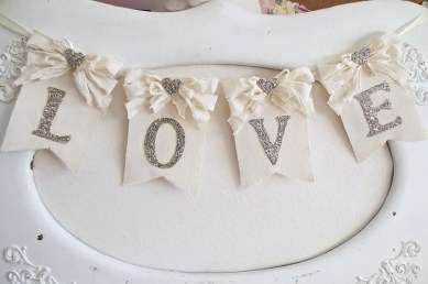 Affordable Valentine's Day Shabby Chic Decorations On A Budget 40