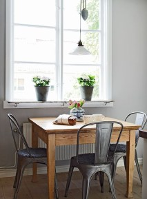 Amazing Small Dining Room Table Decor Ideas To Copy Asap 28
