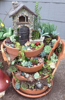 Awesome Succulent Garden Ideas In Your Backyard 05