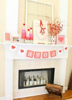 Best Valentines Day Mantel Decor Ideas That You Will Falling In Love With 43