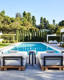 Comfy Pool Seating Ideas For Your Outdoor Decoration 12