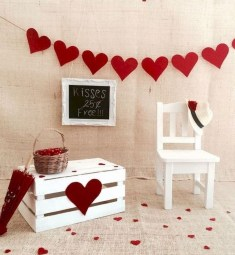 Creative DIY Valentines Day Decoration Ideas To Beautify Your Home 23