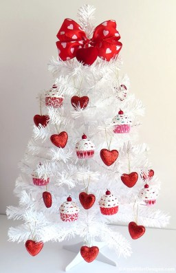Creative DIY Valentines Day Decoration Ideas To Beautify Your Home 24