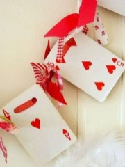 Creative DIY Valentines Day Decoration Ideas To Beautify Your Home 32