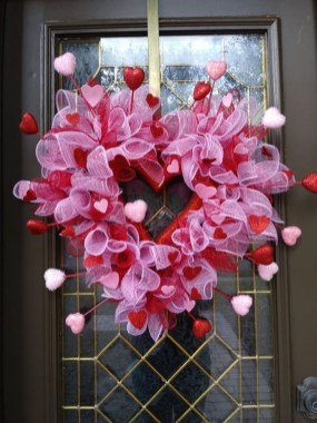 Creative DIY Valentines Day Decoration Ideas To Beautify Your Home 36