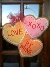 Cute Valentine Door Decorations Ideas To Spread The Seasons Greetings 28