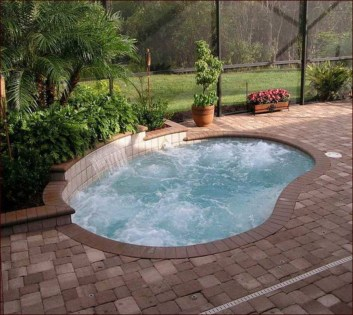 Extraordinary Small Pool Design Ideas For Small Backyard 39