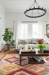 Gorgeous Bohemian Farmhouse Decorating Ideas For Your Living Room 05