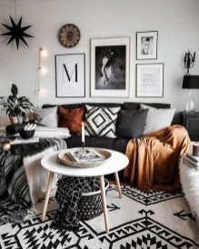 Gorgeous Bohemian Farmhouse Decorating Ideas For Your Living Room 21