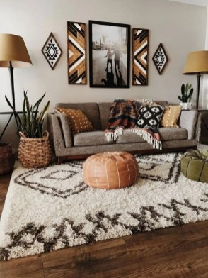 Gorgeous Bohemian Farmhouse Decorating Ideas For Your Living Room 34