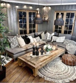 Gorgeous Bohemian Farmhouse Decorating Ideas For Your Living Room 39