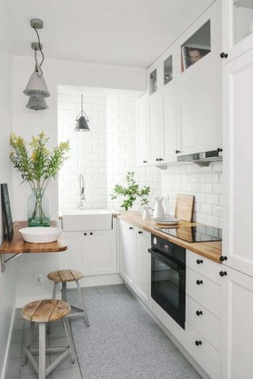 Gorgeous Small Kitchen Design Ideas For Your Small Home 18
