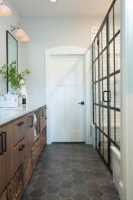 Impressive Black Floor Tiles Design Ideas For Modern Bathroom 22