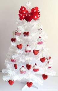 Lovely Valentines Day Home Decor To Win Over The Hearts 01