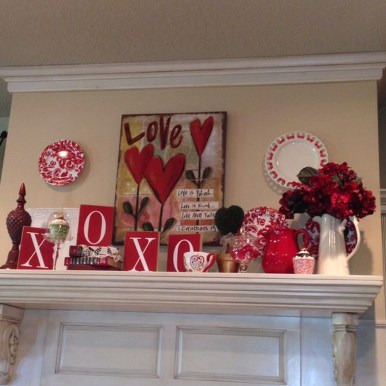 Lovely Valentines Day Home Decor To Win Over The Hearts 06