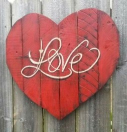 Lovely Valentines Day Home Decor To Win Over The Hearts 09
