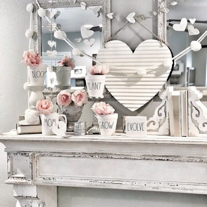 Lovely Valentines Day Home Decor To Win Over The Hearts 16