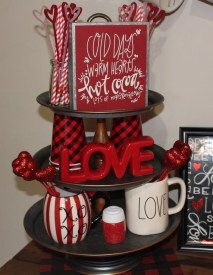 Lovely Valentines Day Home Decor To Win Over The Hearts 20