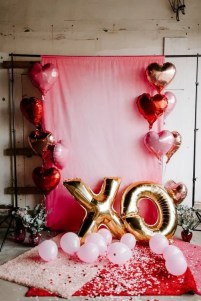 Lovely Valentines Day Home Decor To Win Over The Hearts 31