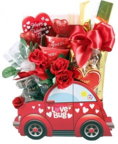 Lovely Valentines Day Home Decor To Win Over The Hearts 44
