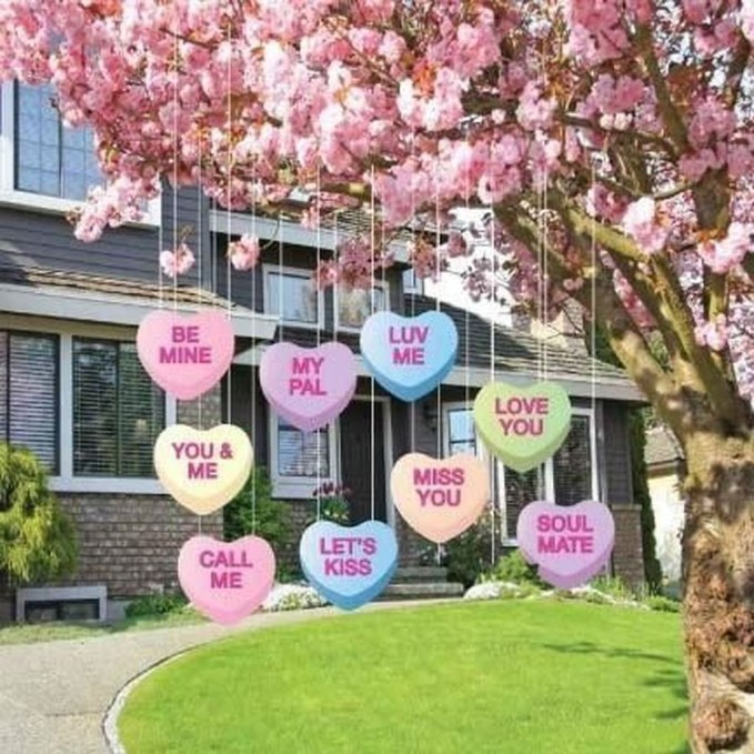 Lovely Valentines Day Home Decor To Win Over The Hearts 49