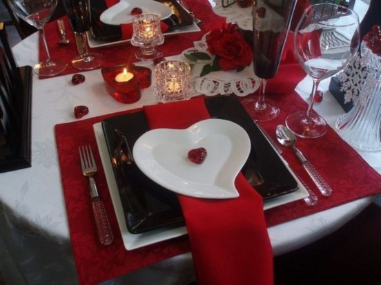 Magnificent Dining Room Decorating Ideas For Valentine's Day 08